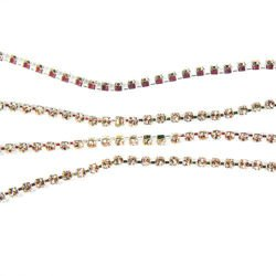 Rhinestone cupchain with Preciosa crystals  ss 8,5 (~2,5 mm) Gold Quartz / silver 10cm