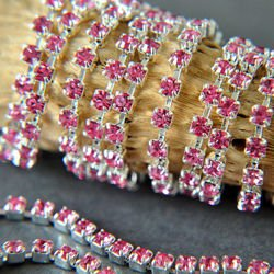 Rhinestone cupchain with Preciosa crystals  ss 8,5 (~2,5 mm) Rose / silver 10cm
